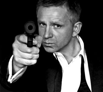 Contact Daniel Craig - Max Ryder